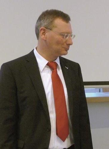 Professor Dr. Reichardt.jpg