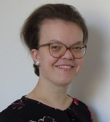 Corinna Simon